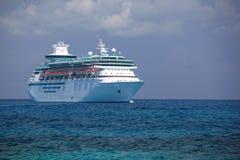 Barco de cruceros del Caribe real Imágenes de archivo libres de regalías