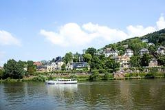 Barco de cruceros del río en el Neckar Fotos de archivo libres de regalías