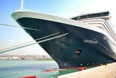 Barco de cruceros del revestimiento marino de las vacaciones Imagen de archivo
