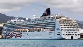 Barco de cruceros en Hawaii Fotografía de archivo libre de regalías