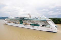 Barco de cruceros lujoso Imágenes de archivo libres de regalías