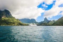 Barco de cruceros Moorea Fotografía de archivo libre de regalías