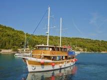 Barco de cruceros pasado de moda Foto de archivo libre de regalías