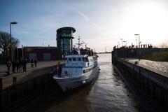Barco de cruzamento Fotografia de Stock Royalty Free
