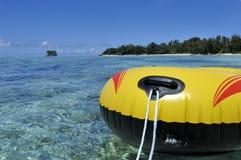 Barco de goma amarillo Imagenes de archivo