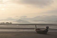 Barco de la cola larga Foto de archivo