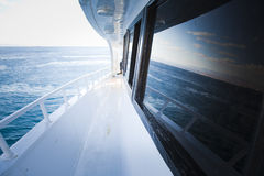 Barco de la cubierta de 'promenade' fotografía de archivo libre de regalías
