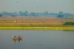 Barco de la fotografía del paisaje Imagen de archivo libre de regalías