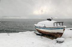 Barco de la nieve del invierno Fotos de archivo libres de regalías