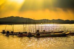 Barco 1 de la pesca en agua dulce Imagenes de archivo