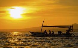 Barco de la silueta Imagen de archivo