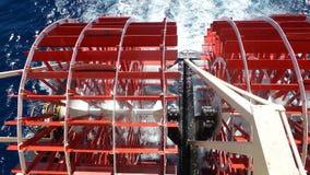 Barco de la travesía de la rueda de paleta fotografía de archivo