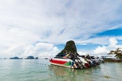 Barco de la velocidad en el mar Imagen de archivo libre de regalías
