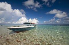 Barco de los zambullidores foto de archivo libre de regalías