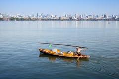 Barco de madeira da recreação do chinês tradicional Fotografia de Stock