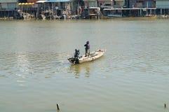 Barco de madera del pescador Imágenes de archivo libres de regalías