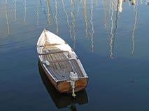 Barco de motor del Rowing Fotos de archivo libres de regalías