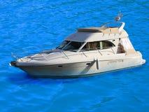 Barco de motor luxuoso no louro fotografia de stock