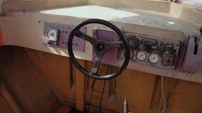Barco de motor viejo almacen de metraje de vídeo