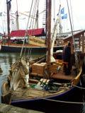Barco de navegación de madera Foto de archivo libre de regalías