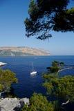 Barco de navigação em mediterrâneo Imagem de Stock Royalty Free