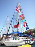 Barco de navigação no porto Imagens de Stock Royalty Free