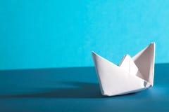Barco de Origami foto de archivo libre de regalías