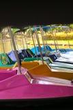 Barco de paleta en el río fotografía de archivo