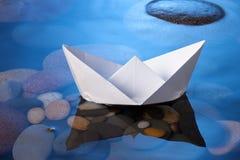 Barco de papel Fotografía de archivo