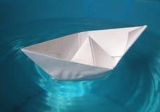 Barco de papel Imagens de Stock
