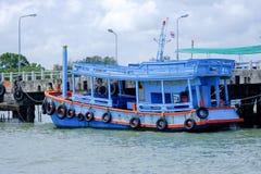 Barco de pasajero tailandés Foto de archivo