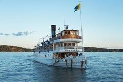 Barco de passageiro no arquipélago de Éstocolmo Imagem de Stock Royalty Free