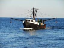 Barco de pesca imagen de archivo