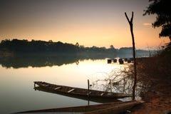 Barco de pesca. foto de stock