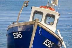Barco de pesca, cerveza, Devon, Reino Unido Imágenes de archivo libres de regalías