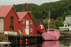 Barco de pesca cor-de-rosa Fotos de Stock