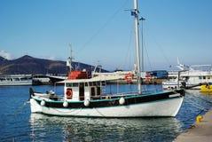 Barco de pesca Crete, Greece pesca fotos de stock