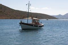 Barco de pesca Crete, Greece pesca fotografia de stock royalty free