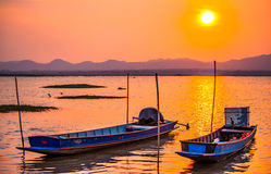 Barco de pesca de água doce 3 Imagens de Stock Royalty Free