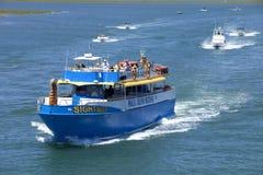 Barco de pesca de la carta del turista en la selva virgen, New Jersey Fotos de archivo libres de regalías