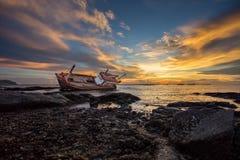 Barco de pesca de la ruina Fotos de archivo