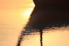 Barco de pesca de la sombra Foto de archivo libre de regalías