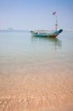Barco de pesca de madeira imagens de stock