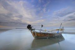 Barco de pesca de madeira velho em Tailândia Imagens de Stock Royalty Free