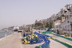 Barco de pesca del acceso de Menorca Mahon Fotos de archivo