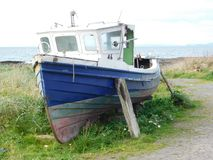 Barco de pesca del puerto de Dunure Fotos de archivo libres de regalías