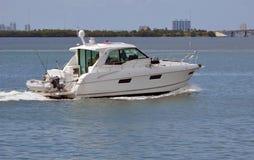 Barco de pesca do esporte imagens de stock