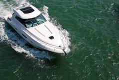 Barco de pesca dos esportes imagem de stock
