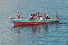 Barco de pesca en el puerto - Zanzíbar Foto de archivo