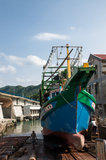 Barco de pesca en Keelung Taiwán Foto de archivo